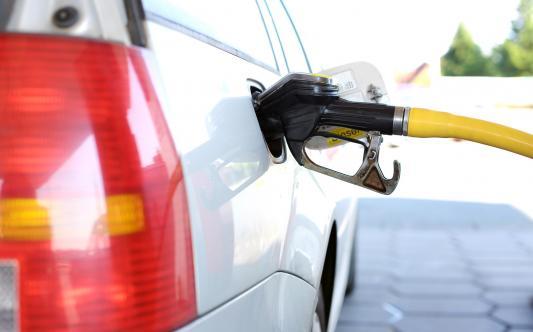 La subida de los carburantes lastra la economía de miles de autónomos